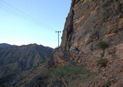 Abenteuerliche Abfahrt im Jabal al-Akhtar-Gebrige
