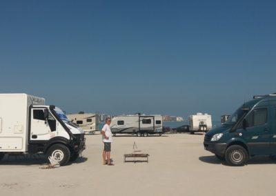 Campen in Dubai, Sufouh Beach