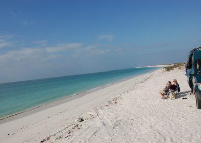 Die heimtückische Strecke durch das Wetland führt an diesen Strand