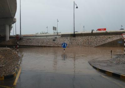 Wenn es in Muscat regnet brauchts du ein Boot für die Unterführung